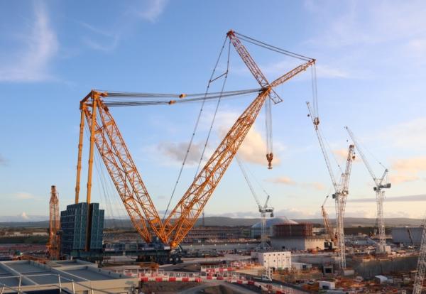 'Big Carl' The World's Largest Crane