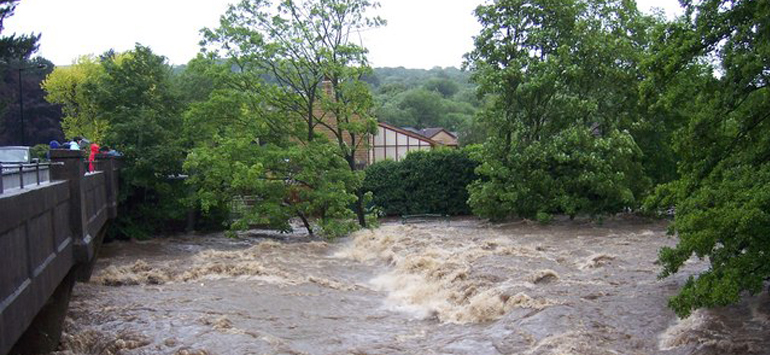 Flooded Northern Village Scared For Their Lives, With No Warning From Authorities.